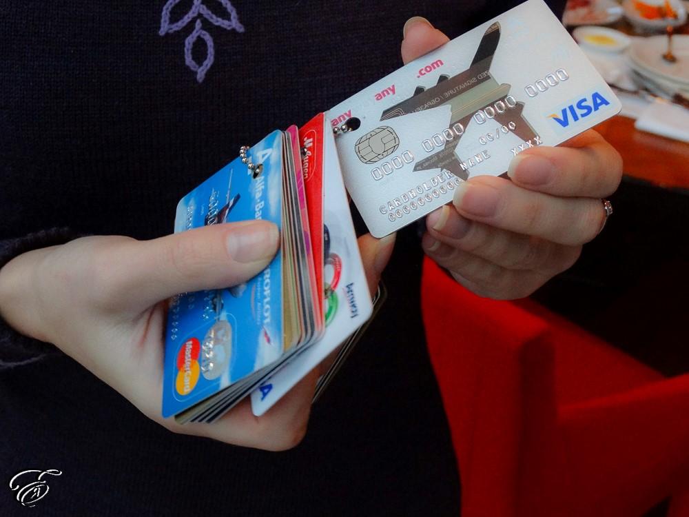 Банки выступили против перевода бюджетников накарту «Мир»
