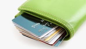 В 2017 году банки выдали на 53% больше новых кредитных карт, чем в 2016 году
